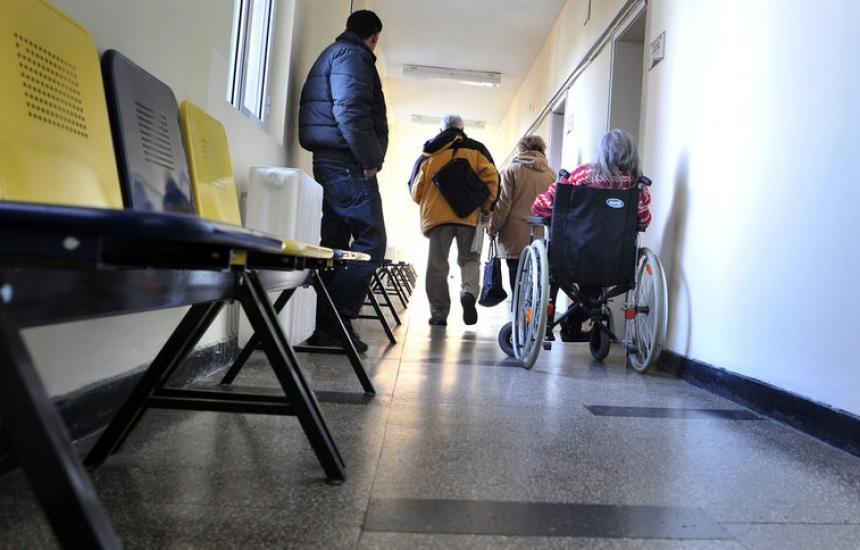 Питат Ананиев за общинските болници