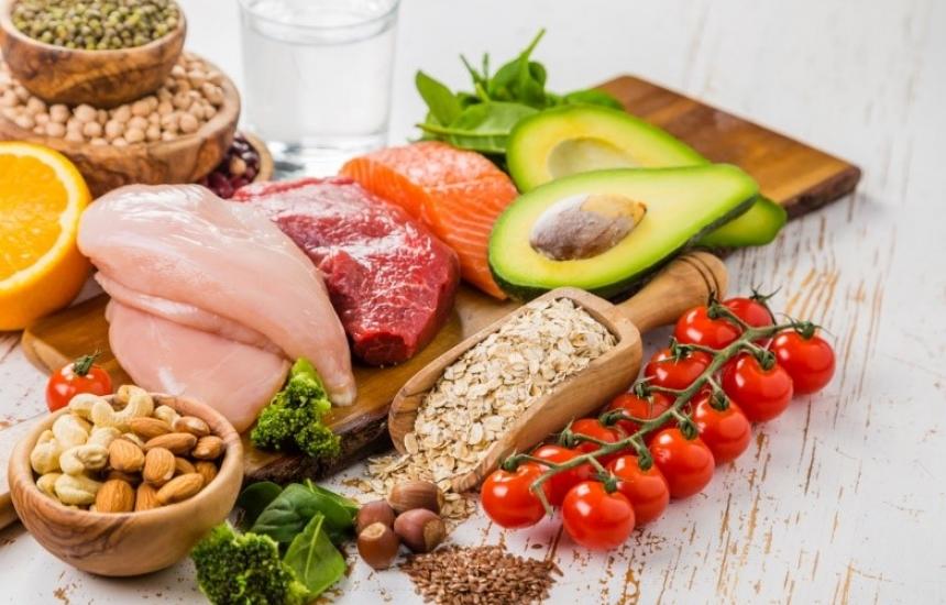 Ядем повече месо и риба, намаляваме хляба