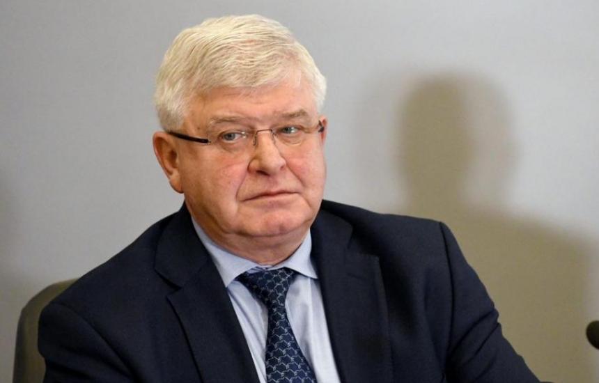 Ананиев върна отстранените директори на болници