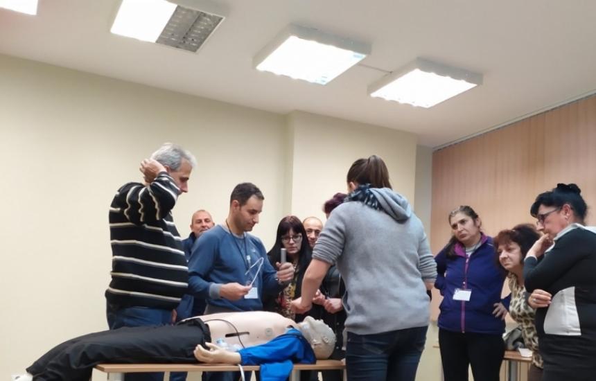 322 медици са обучени по ПУЛСС