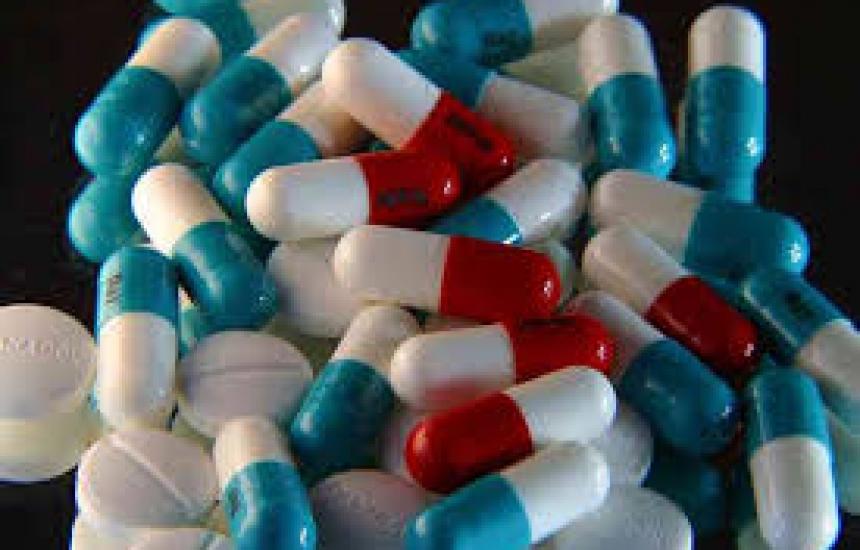 Проверяват лекарство за акне