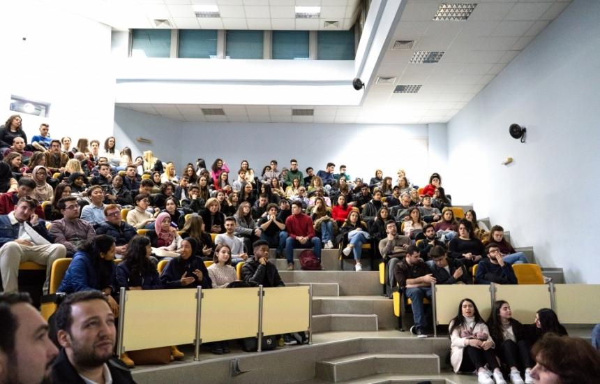300 чуждестранни студенти в МУ– Плевен
