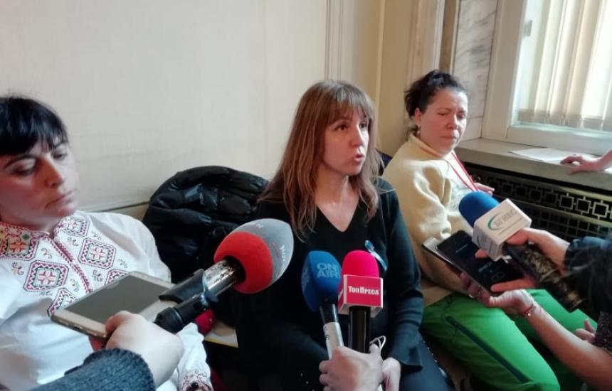"""Медсестри """"окупираха"""" здравната комисия (ОБНОВЕНА)"""