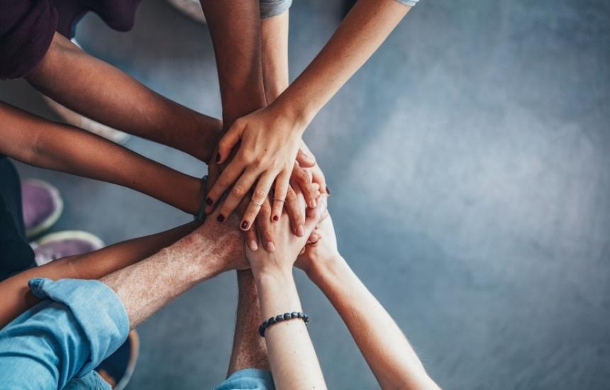 Болници откриват дарителски сметки
