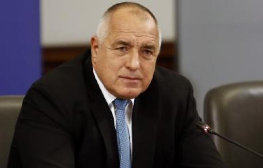 Бивш френски министър почина от коранавирус