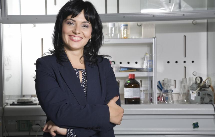 Международната подкрепа за проф. Асена Стоименова