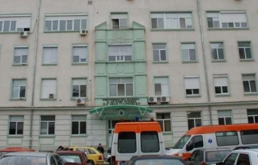 Болницата в Сливен спира приема на пациенти с КОВИД
