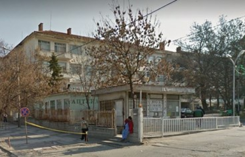 Болницата в Ямбол ще получи още респиратори