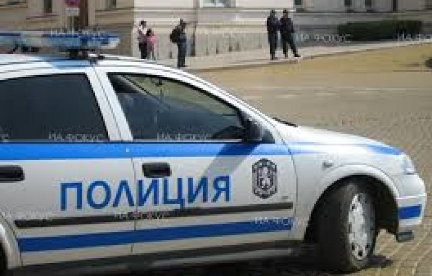 МВР питало мобилните оператори за хора под карантина