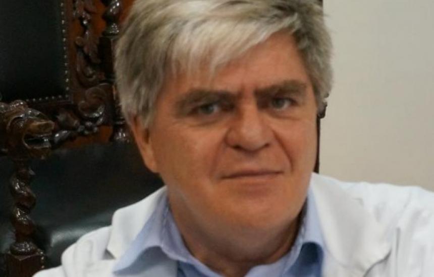 """Проф. Тодоров остава шеф на хирургията в """"Александровска"""