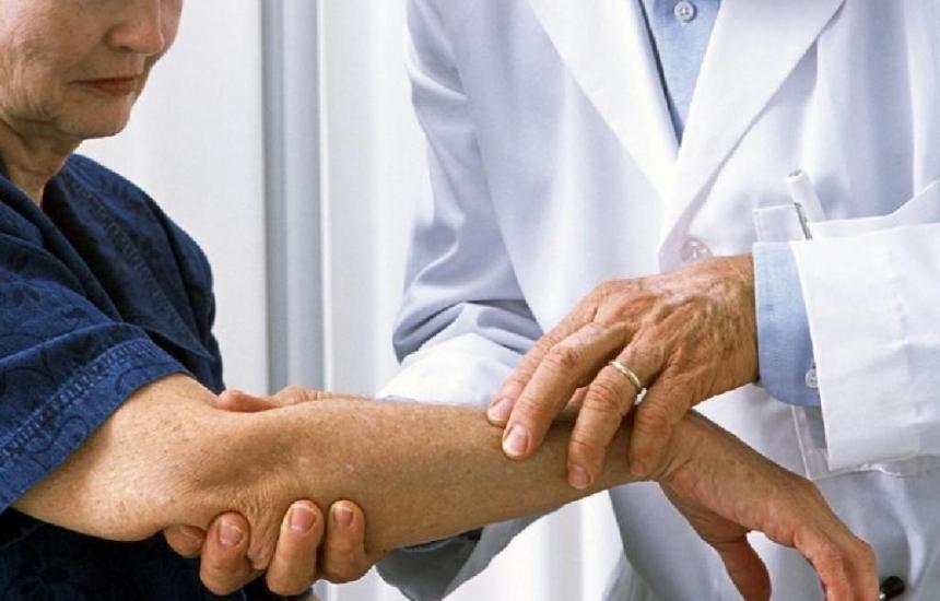Безплатни прегледи при дерматолог всяка сряда