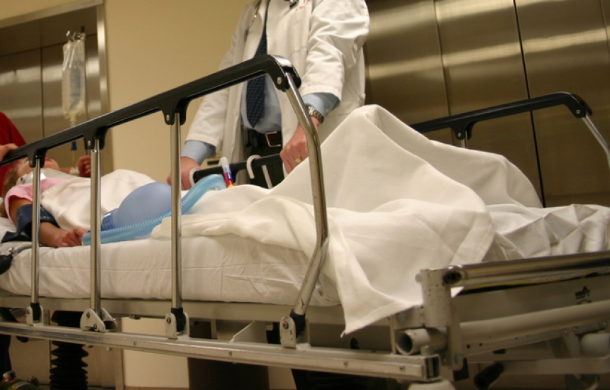 Ограничават доплащането в болниците