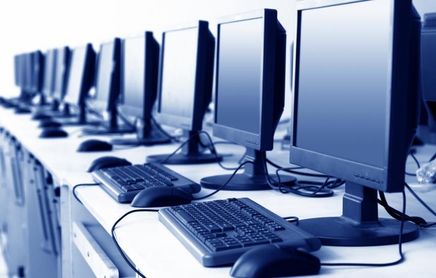 Спешна помощ в Бургас и Благоевград с нови компютри