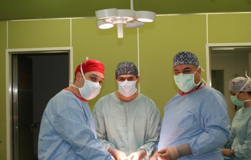 Отстраниха тумор с уникална операция