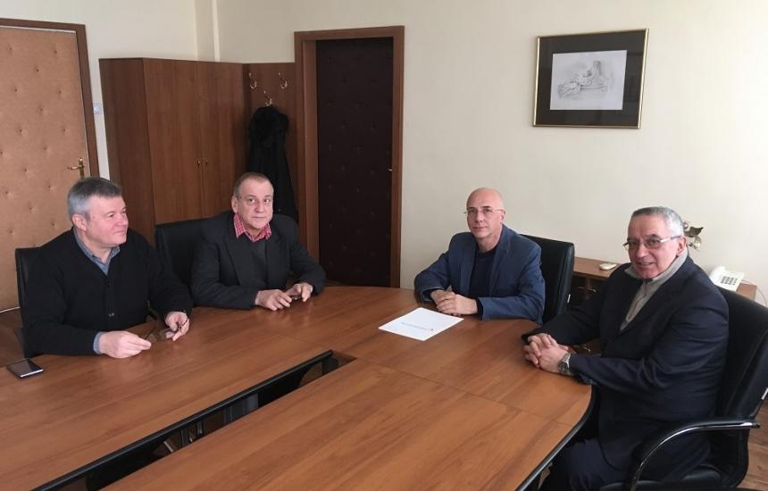"""700 писатели стават ВИП пациенти на """"Св. Анна"""""""