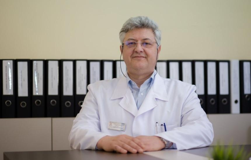 Доц. Буланов стана декан в МУ–София
