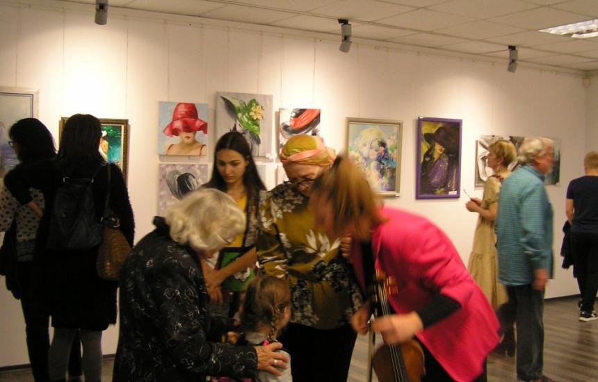 Изложба в Националната онкоболница