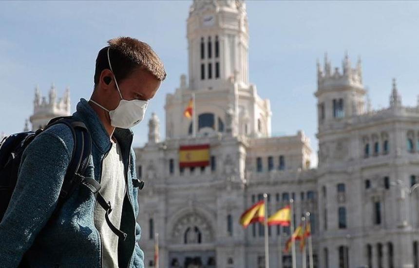 Испания мина 1 милион заразени