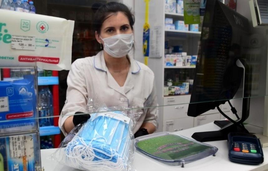Продажбите на маски скочиха с 40%