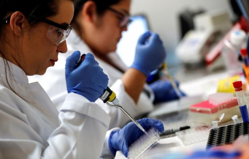 Пандемия се управлява и с тестване