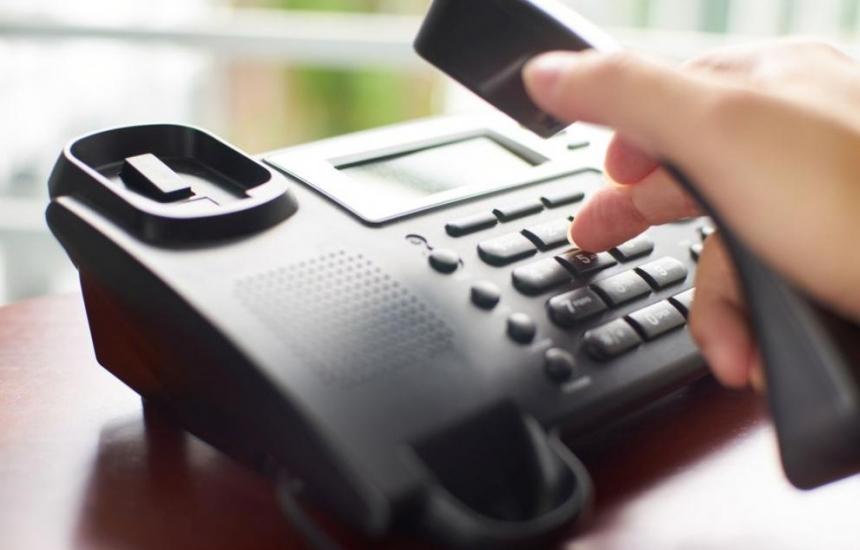 МТСП консултира по телефона