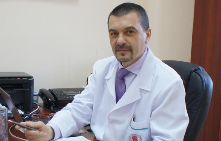 Проф. Емил Паскалев хвърли оставка