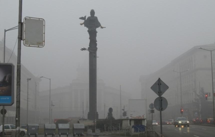 Мръсен въздух почти в цялата страна