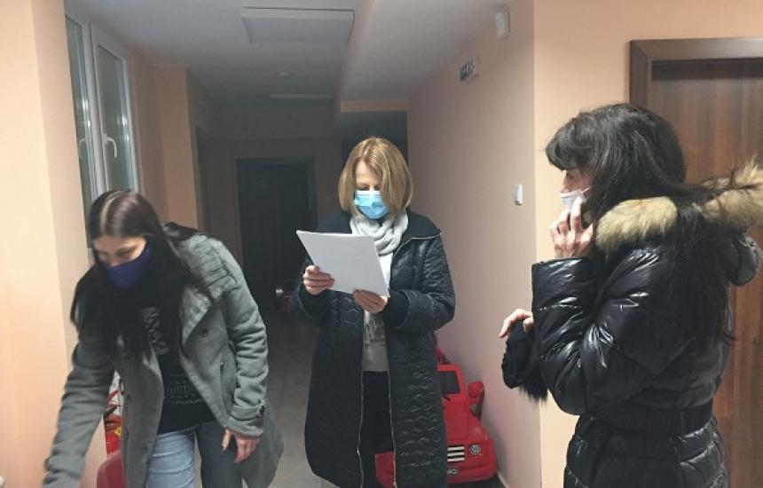 Само 7 деца в дежурните градини в София