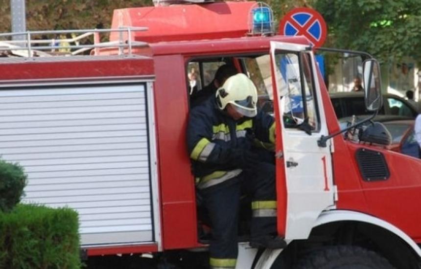 Пожарникари пренасят болни от К-19