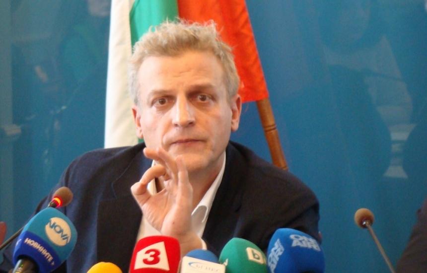 Москов се похвали с 8 болници на печалба
