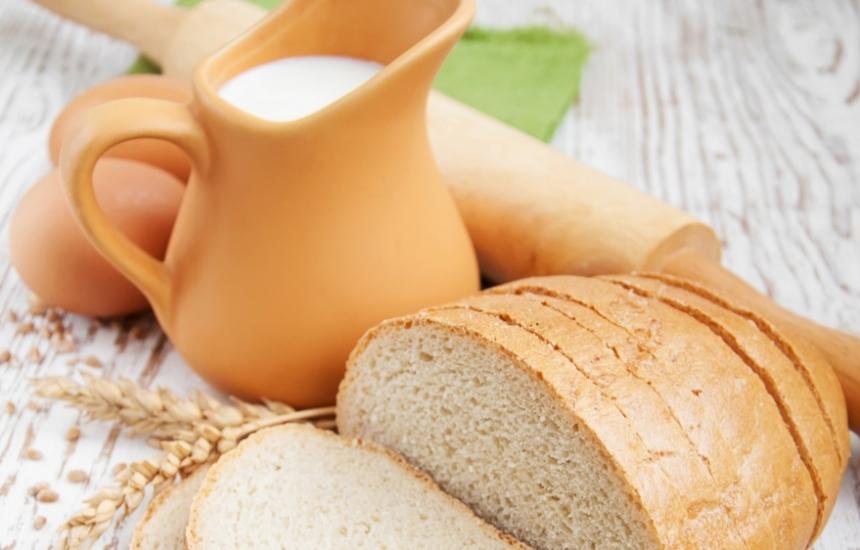 МЗ иска по-малко сол в млякото и хляба