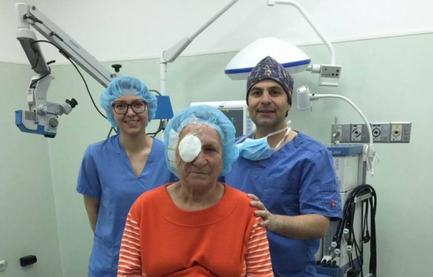 Спасяват от слепота със стволови клетки