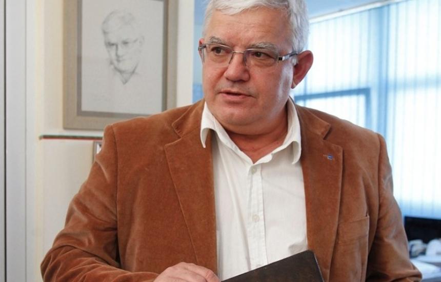Ваньо Митев на съд заради 1 млн.