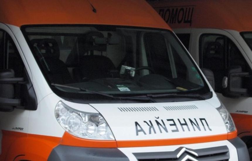 МЗ с нов опит да застрахова линейките