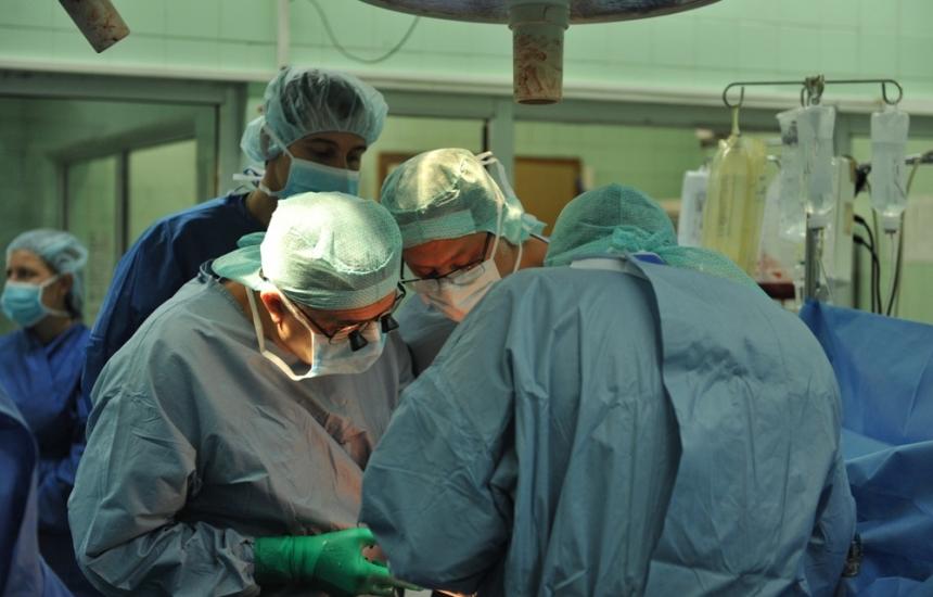 Две трансплантации за 24 часа във ВМА