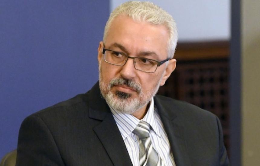 Семерджиев атакува: ИАЛ е приватизирана