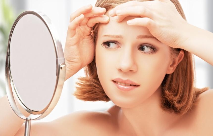 Безплатни прегледи за акне и лоша кожа