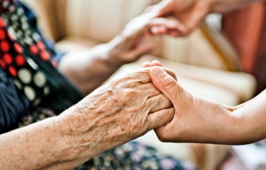 Домашни грижи за 400 болни от Врачанско