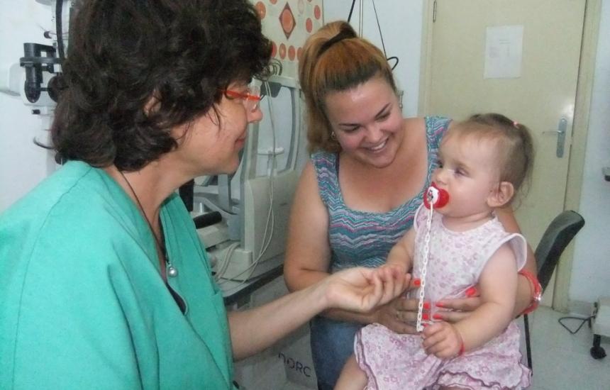 Спасиха зрението на бебе без клепач