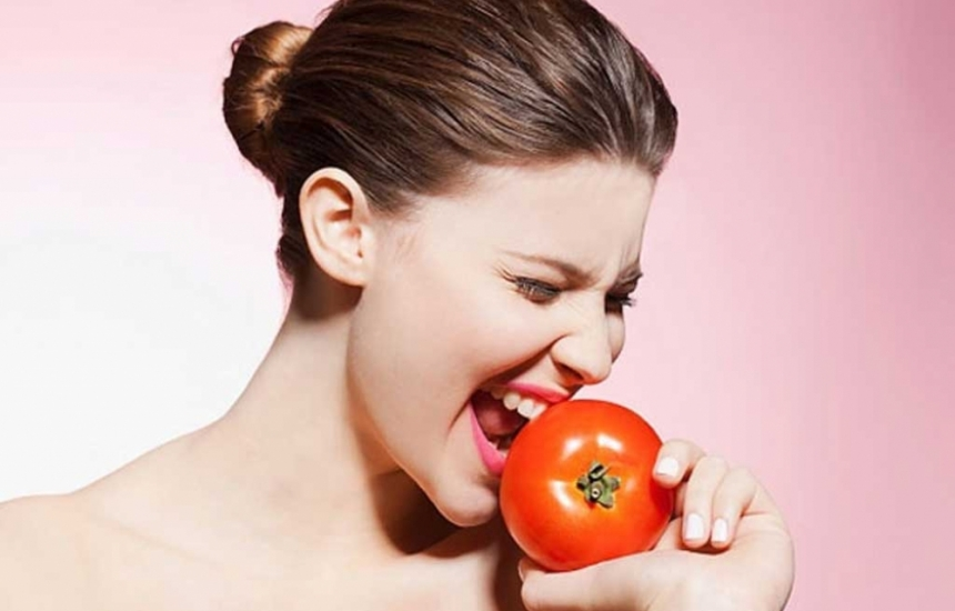 Яжте домати, пазят от рак на кожата