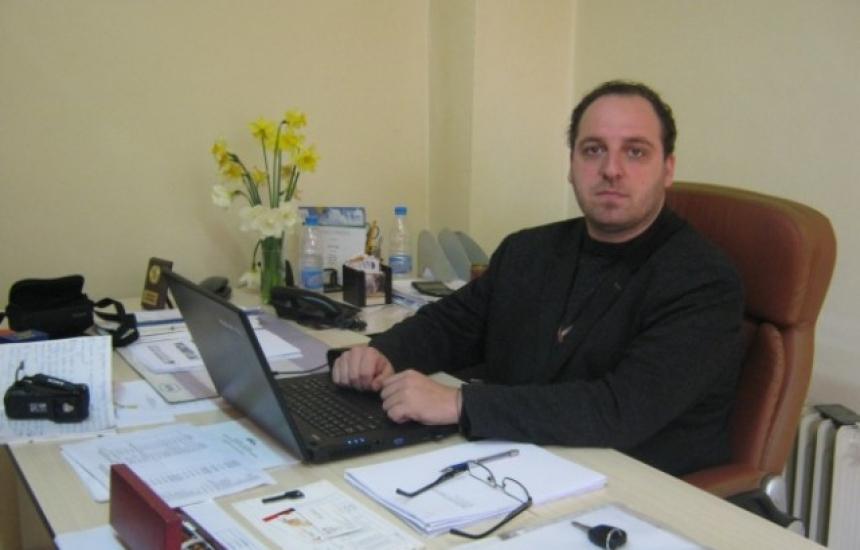Пробация за ексшефа на болницата в Дупница