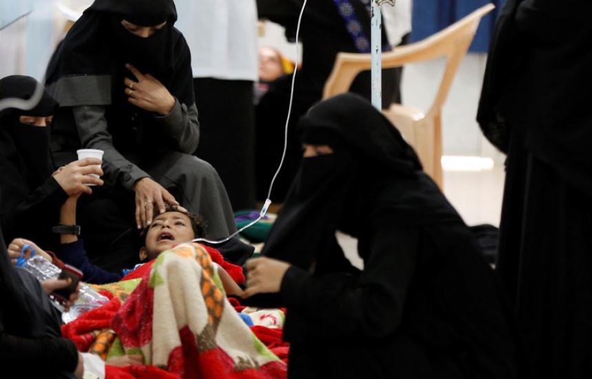 500 000 в лапите на холерата в Йемен