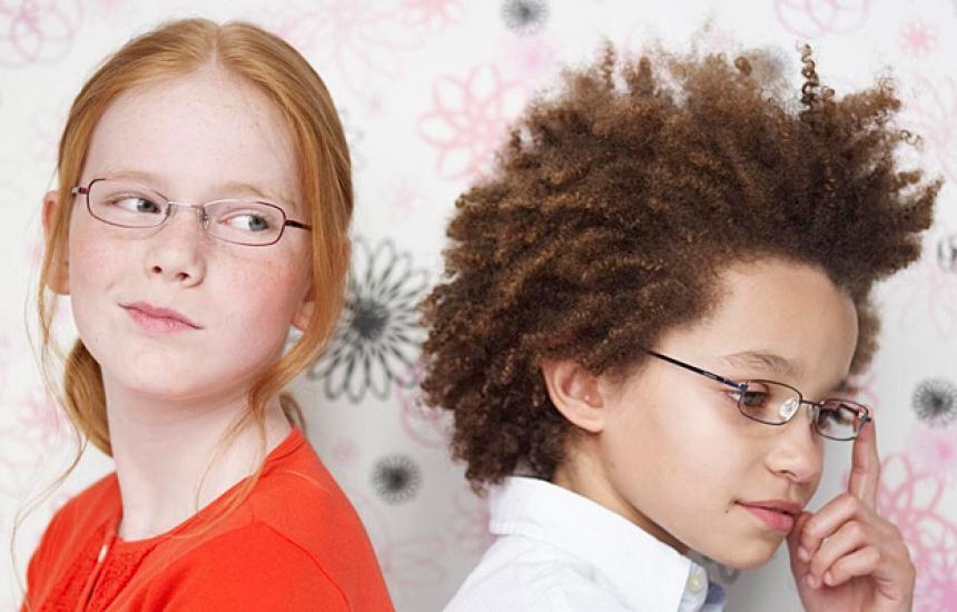 Главоболието при децата може да е сигнал за очила