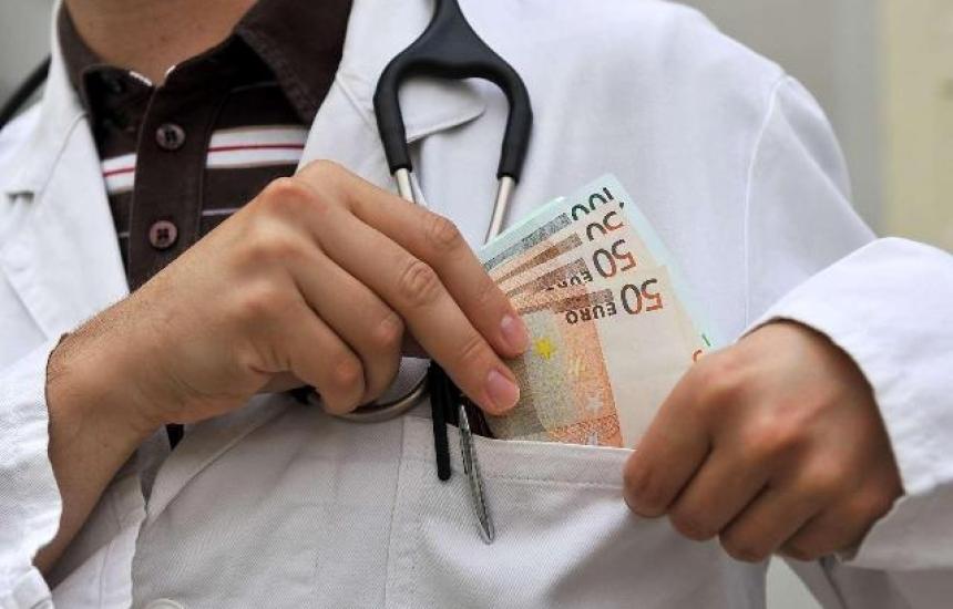 Ще съдят и лекарите за корупция