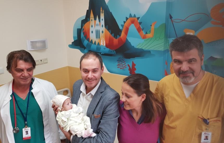 Спасиха две бебета с аномалии