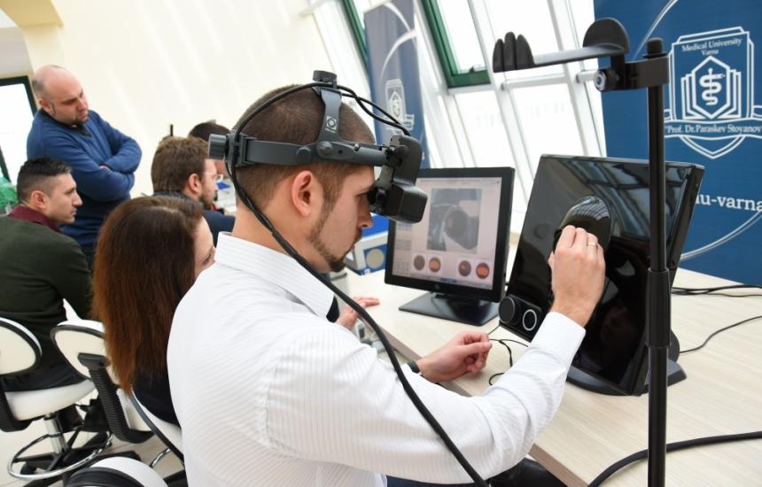 Симулатори обучават специализанти по офталмология