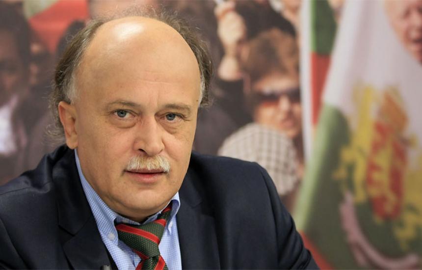 Д-р Пенков ще оценява риска по хранителната верига