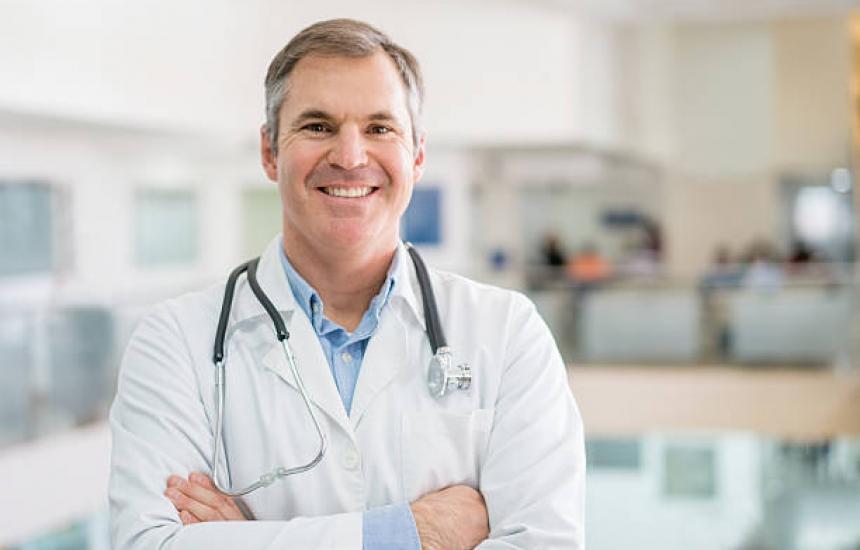 Лекарите от ТЕЛК ще могат да преглеждат