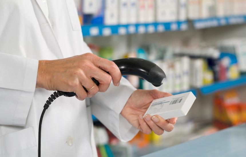 Верифицират аптеките на две вълни