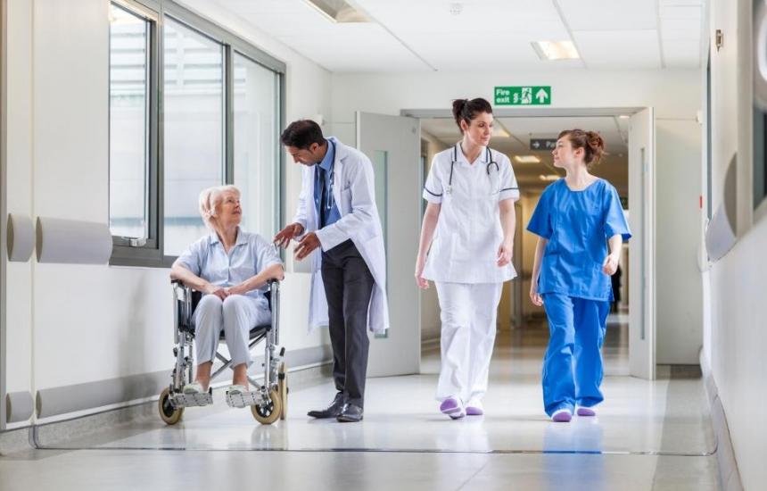 Концентрацията на клиниките се задълбочава